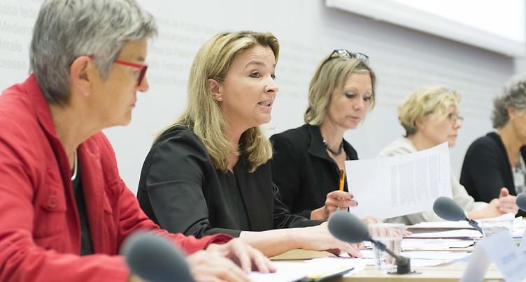 Vaste alliance des femmes pour la réforme des retraites