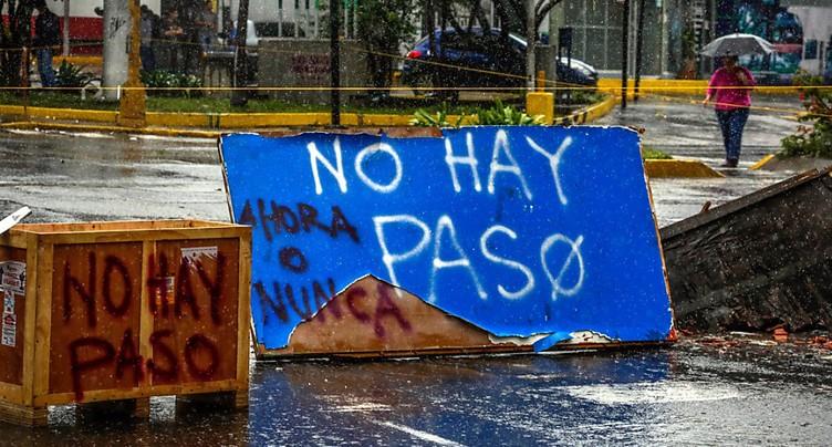 L'opposition met la pression sur Maduro avec une grève générale