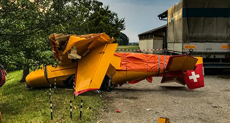 Crash à Pfäffikon (ZH): pilote et instructeur pas encore interrogés