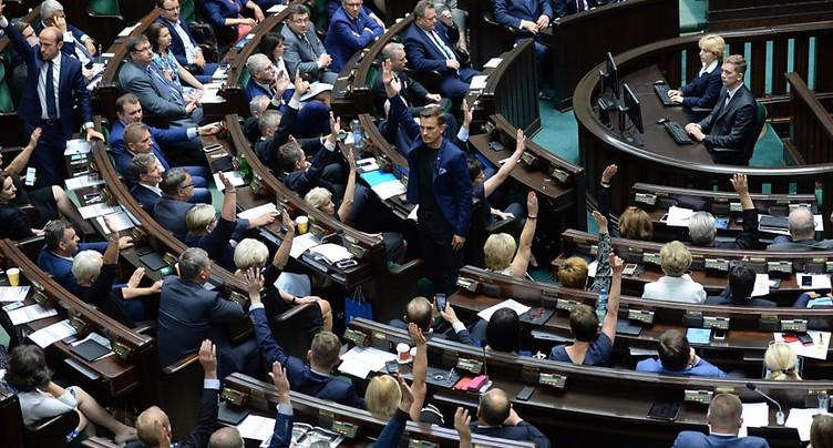 La Diète polonaise adopte la réforme de la Cour suprême