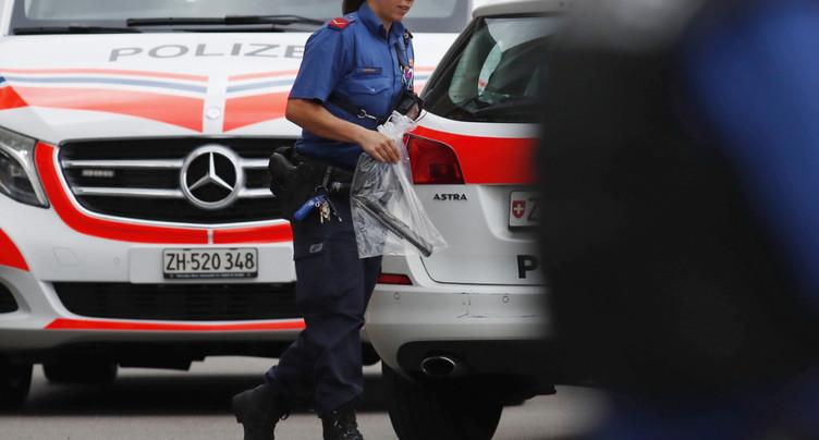 Homme armé à Dübendorf (ZH): grosse opération de police