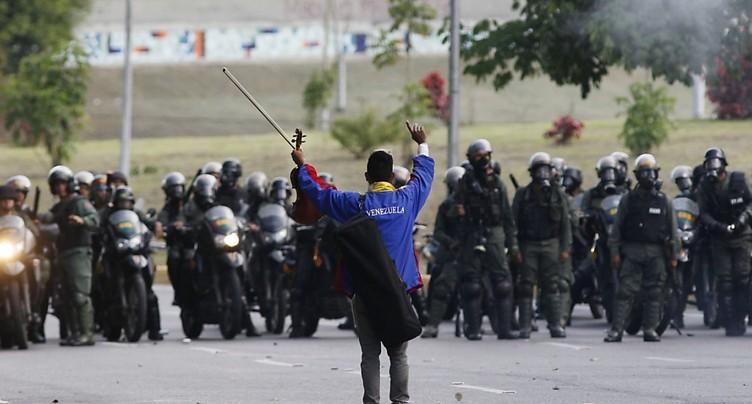 Nouvelles violences au Venezuela lors d'une marche anti-Maduro