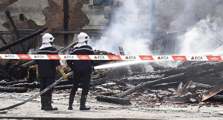 Le suspect des incendies d'Avenches reste en prison