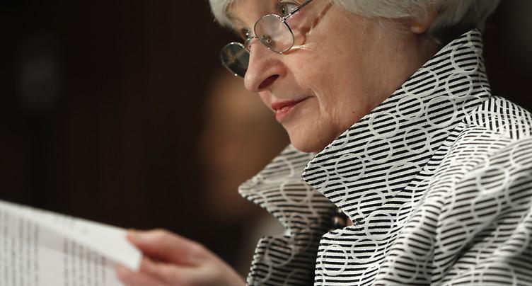 La Fed laisse les taux inchangés entre 1% et 1,25%