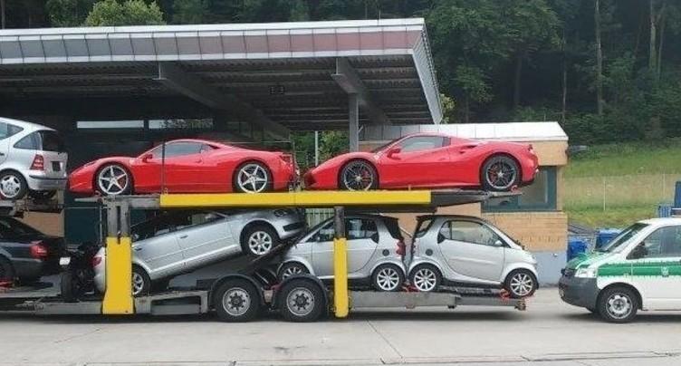 La douane allemande saisit deux Ferrari importées de Suisse