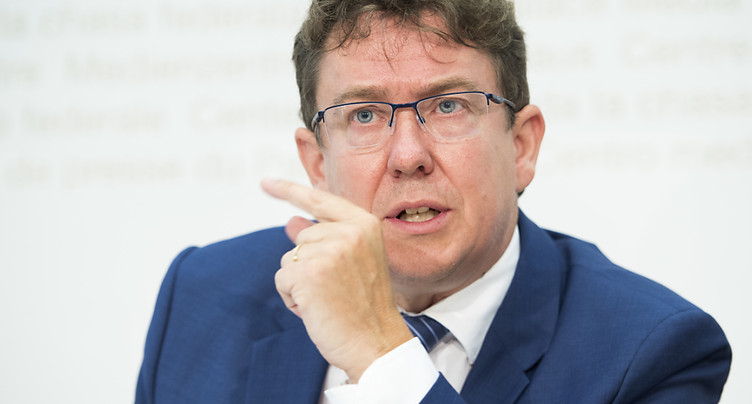 Engagements plus importants que l'origine ou le sexe, dit Rösti