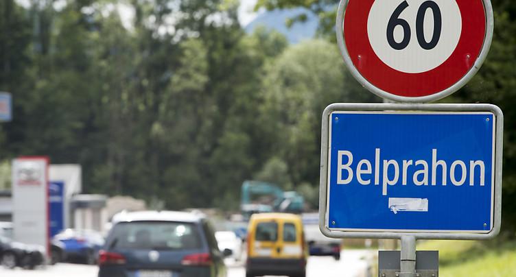 Opération séduction du Jura et de Berne auprès de la population de Belprahon (BE)