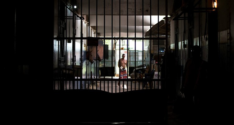 Au moins 37 morts lors d'une mutinerie dans une prison au Venezuela