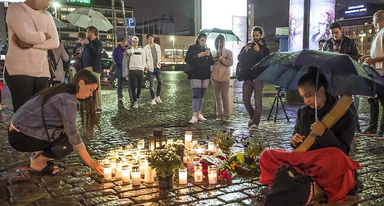 Cinq personnes arrêtées après l'attaque au couteau en Finlande