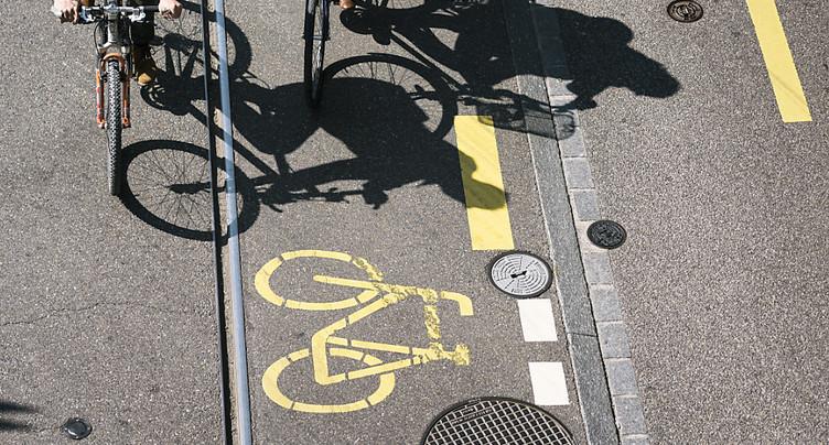 Rapprochement de PRO VELO et du TCS sur les pistes cyclables