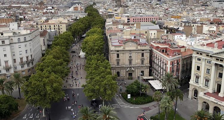 Attentats en Catalogne: la traque du fugitif s'étend à l'Europe