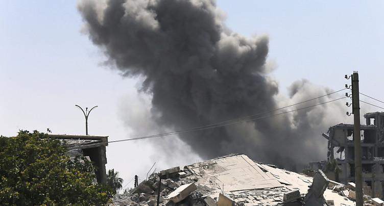 Les civils payent le prix fort des combats à Raqa en Syrie: plus de 40 morts