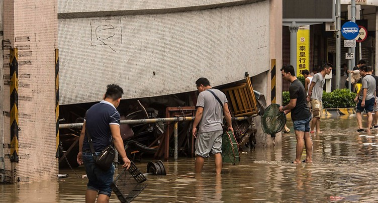 Typhon Hato en Asie: le bilan s'alourdit à seize morts