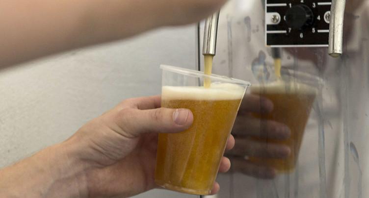 Les Suisses n'ont jamais aussi peu bu depuis 70 ans