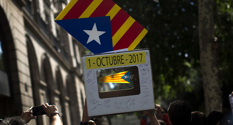 Des milliers de Catalans dans la rue après des arrestations