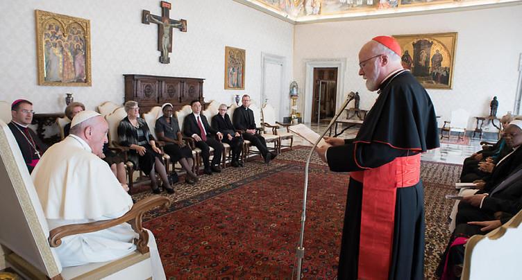 Le pape admet les manquements de l'Eglise
