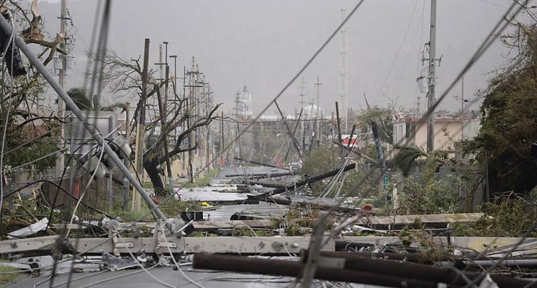 Porto Rico « anéanti » par Maria fait face aux risques d'inondations
