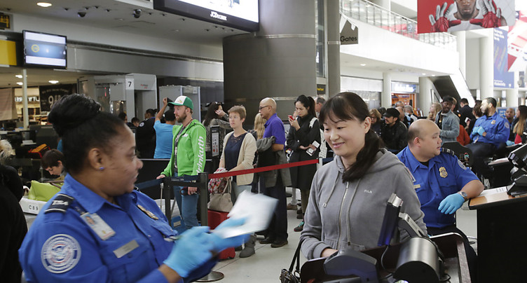 Nouveau décret sur l'immigration: Pyongyang et Caracas sanctionnés