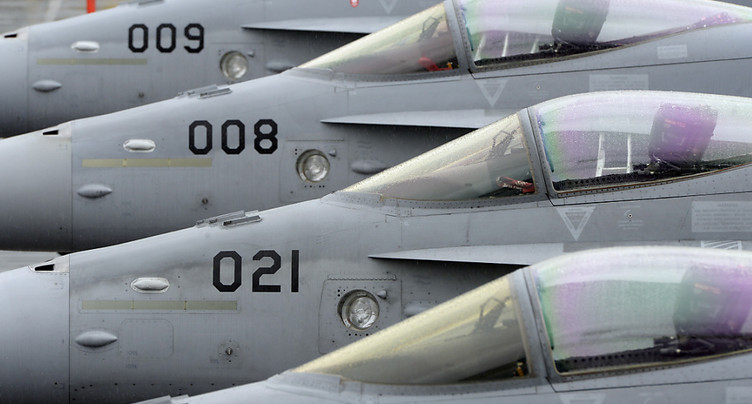 L'utilisation des F/A-18 sera prolongée jusqu'en 2030