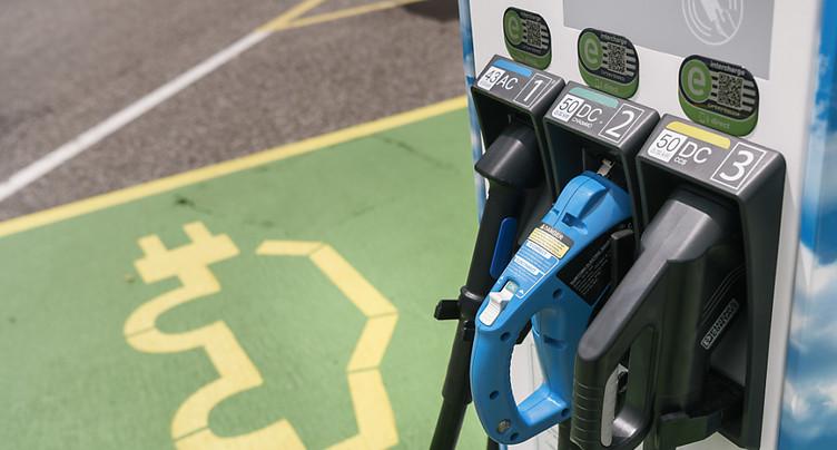La Confédération doit acheter le plus souvent des véhicules électriques