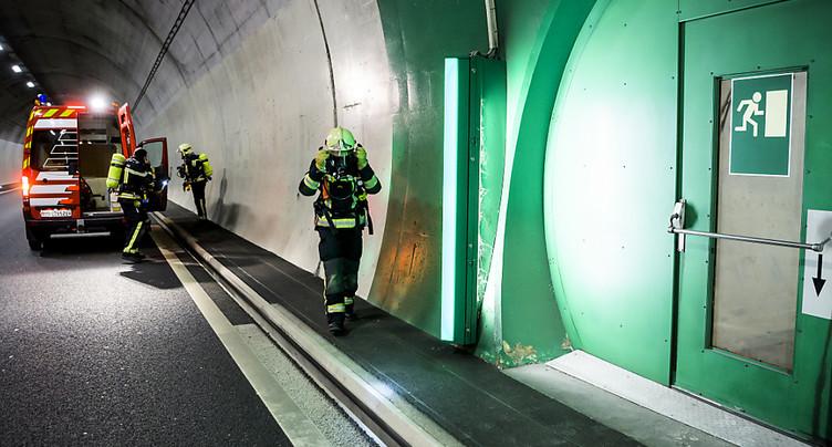 Tunnel d'Arrissoules sur l'A1 partiellement fermé