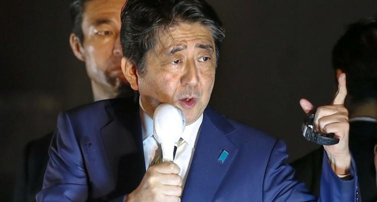 Législatives japonaises: nouveau mandat en vue pour Abe