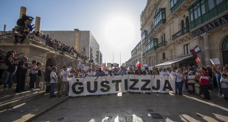 Blogueuse assassinée: les Maltais manifestent leur désir d'unité