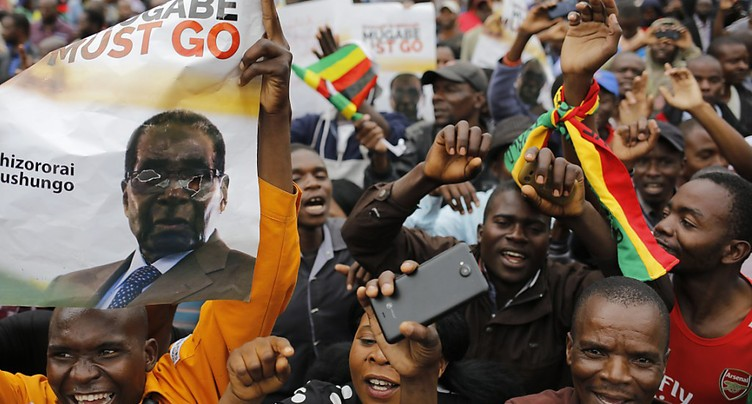 Les Zimbabwéens dans la rue pour demander le départ de Mugabe