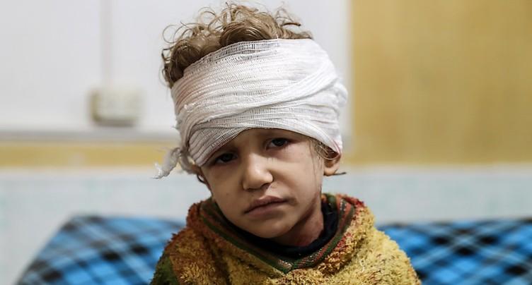 Quatorze civils tués dans des bombardements du régime syrien près de Damas