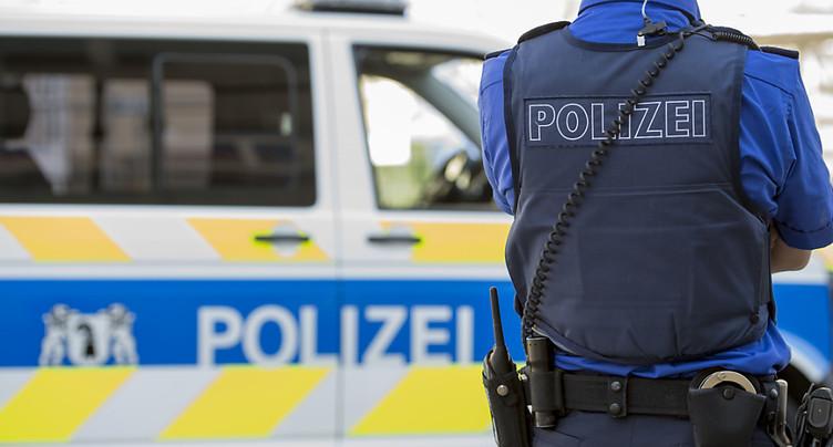 Bâle: homme grièvement blessé par balles au centre-ville