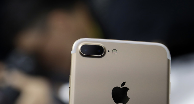 Quatre téléphones sur 5 en Suisse sont un Apple ou un Samsung
