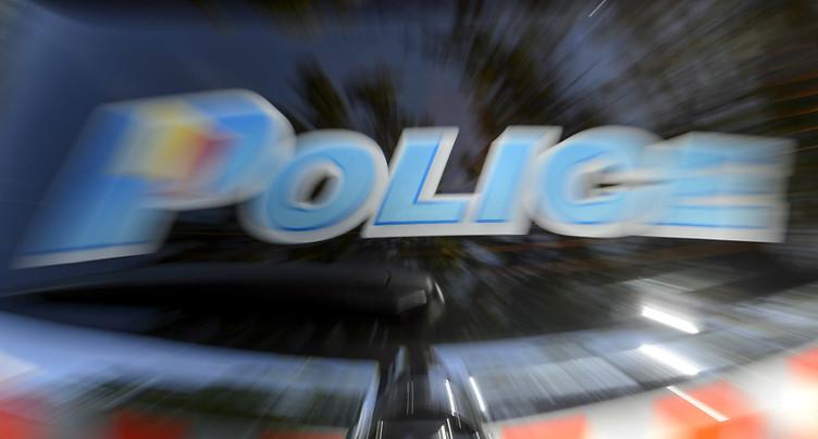 Une femme se fait tirer dessus en pleine rue et meurt