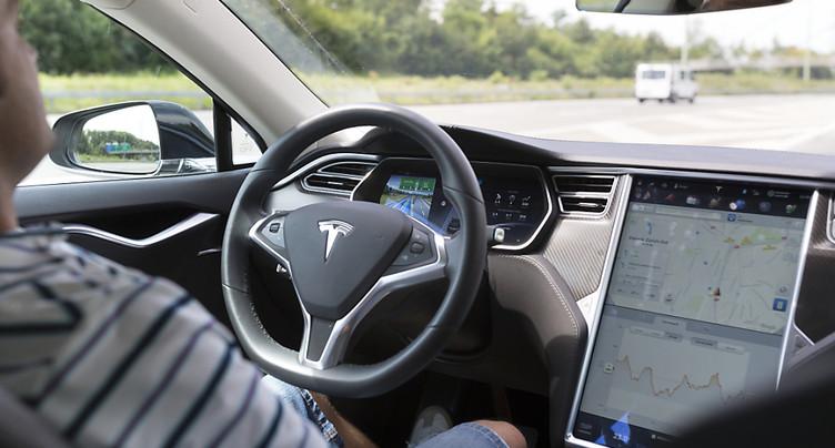 La conduite autonome ne convainc qu'un Suisse sur quatre