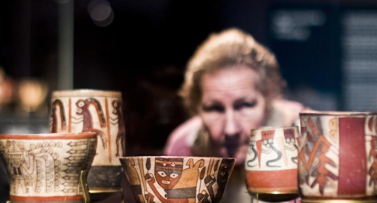 Exposition sur la civilisation nasca du Pérou