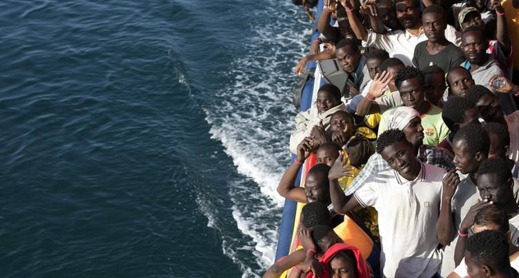 Réfugiés: la route par la Grèce a repris et se réduit depuis la Libye