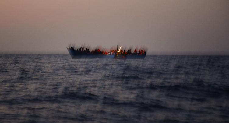 Méditerranée: 1500 migrants secourus en trois jours