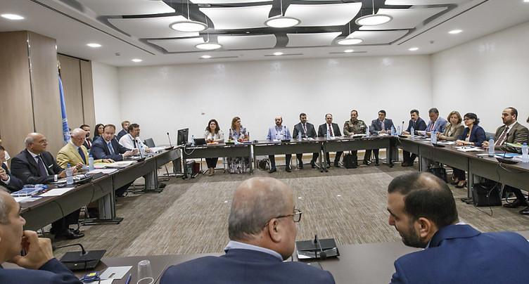 L'opposition syrienne forme un comité unifié pour négocier avec Damas