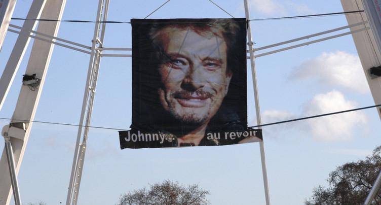 La dépouille de Johnny Hallyday en route vers sa dernière demeure