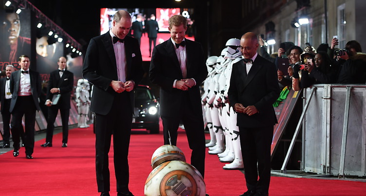 Londres: avant-première en grande pompe du nouveau Star Wars