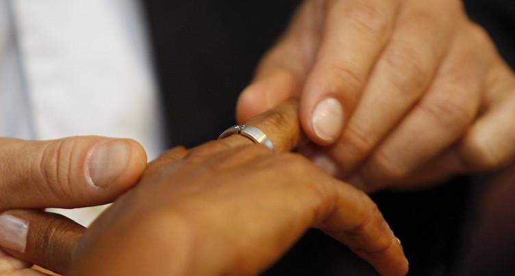 Davantage de mariages entre Suisses et étrangers