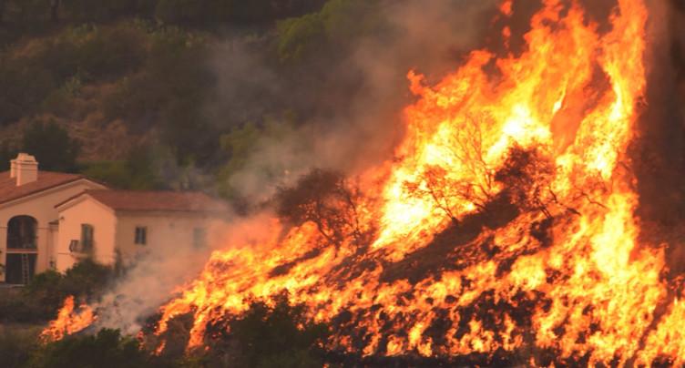 Californie: Thomas troisième incendie le plus dévastateur en 85 ans