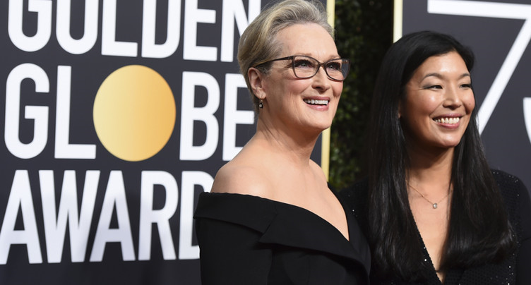 Les robes noires dominent le tapis rouge des Golden Globes