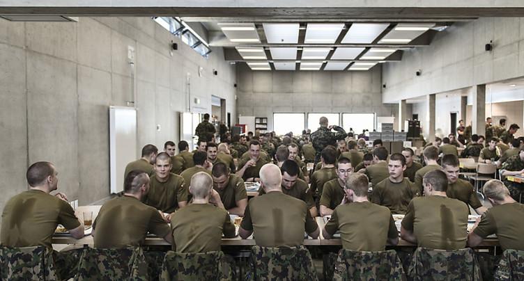 Début de la première école de recrues après la réforme de l'armée