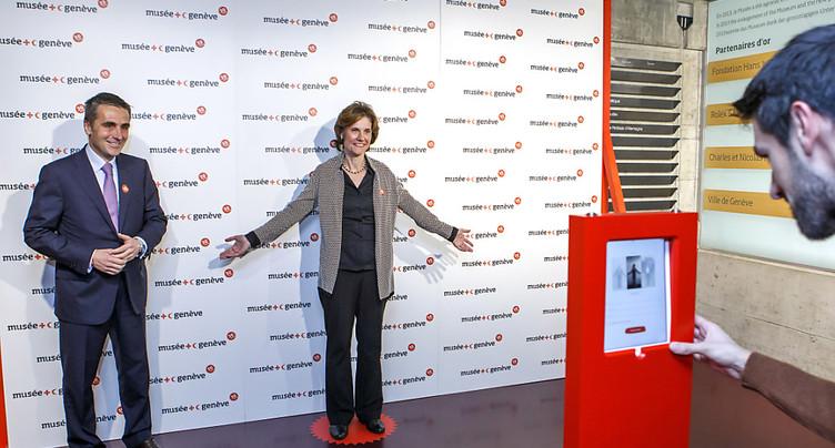 Une chaîne humaine pour les 30 ans du Musée de la Croix-Rouge