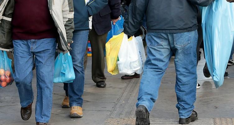 Bruxelles veut mieux recycler ses plastiques