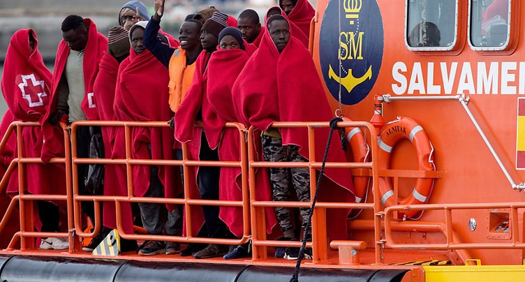 Accueil des migrants en Espagne: une ONG dénonce désorganisation et chaos