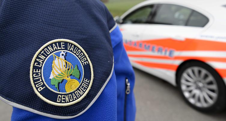 Massage cardiaque devant les locaux de Police Nord Vaudois