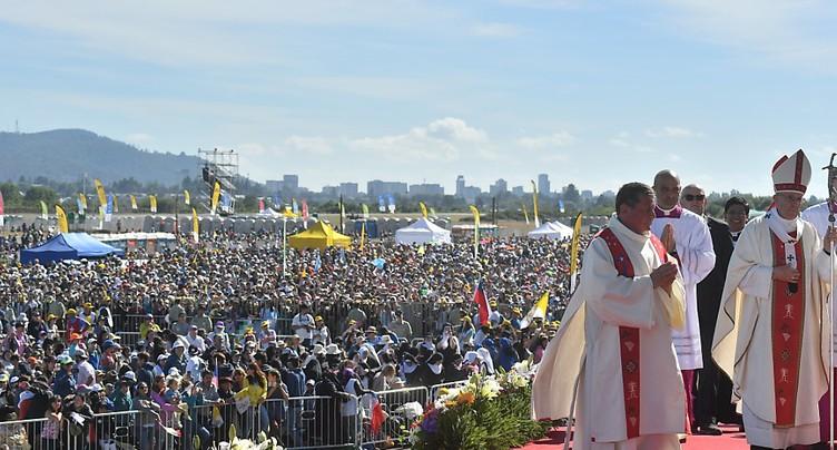 François dédie une messe aux victimes de la dictature au Chili