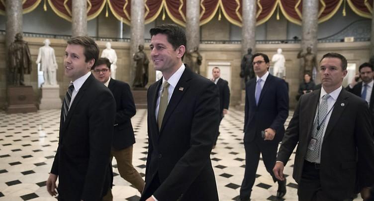 Un budget temporaire approuvé à la Chambre avant un vote du Sénat