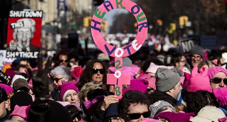 Dizaines de milliers de manifestants réunis à la Marche des femmes